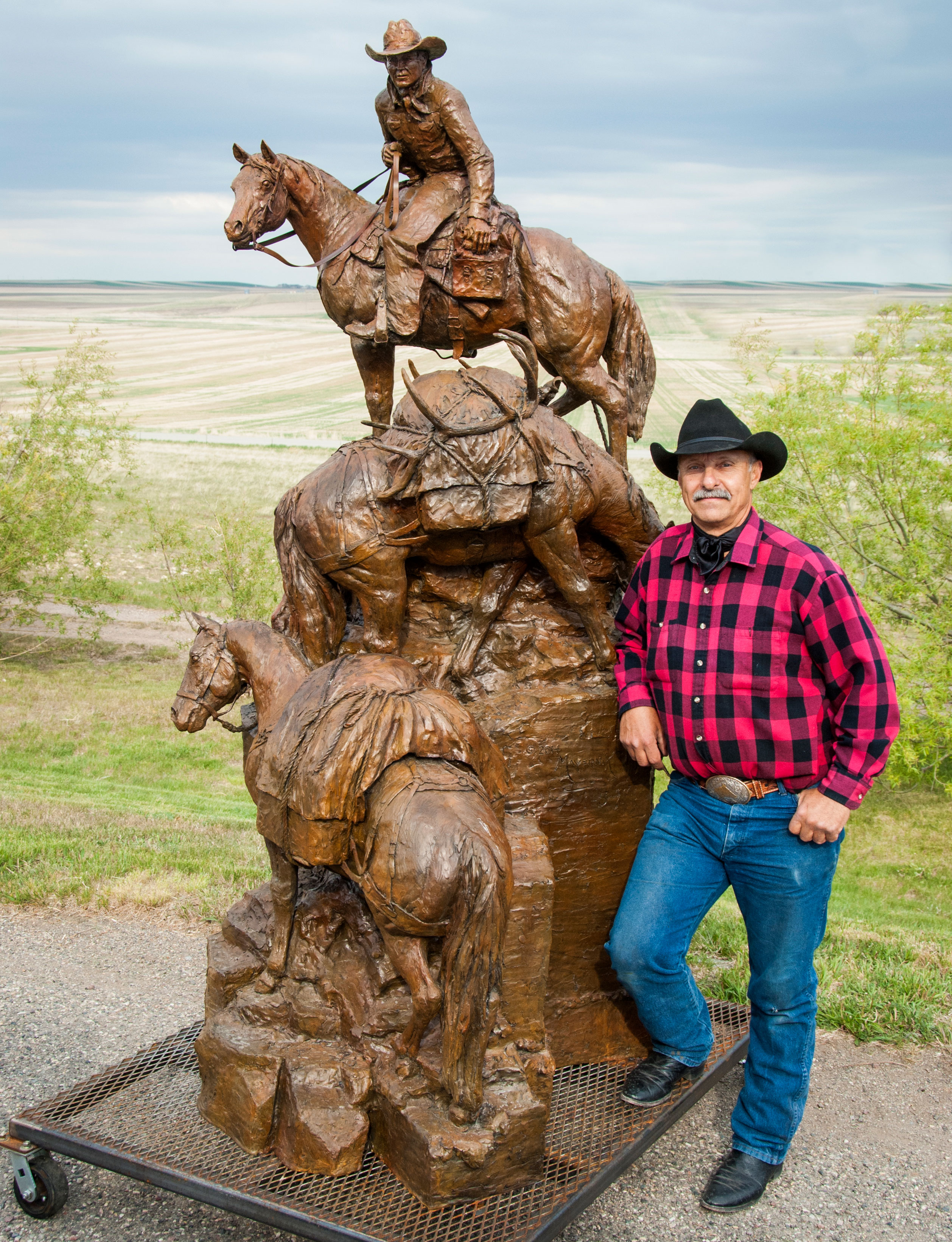 About Ken Mayernik Montana Artist western and wildlife bronze sculptor